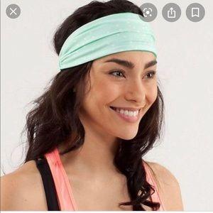 Lululemon headband bang buster green purple dot